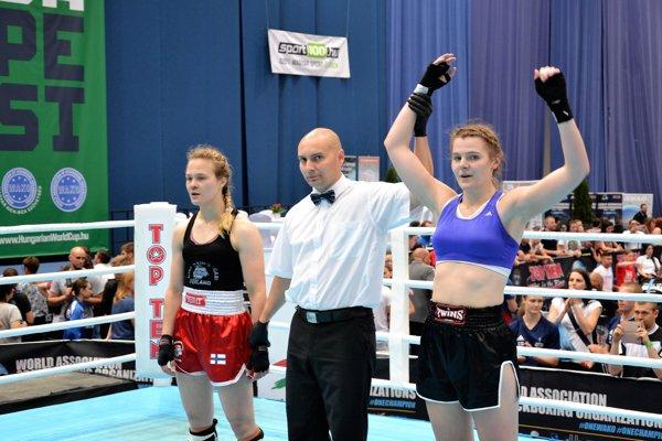 A. Filipová (vpravo) si vybojovalo zlato vK1.