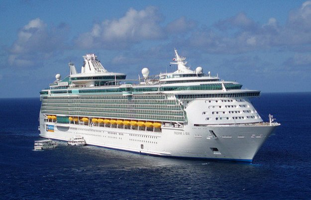 Freedom of the Seas v Karibskom mori.