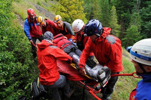 Jeden zo zásahov horských záchranárov.