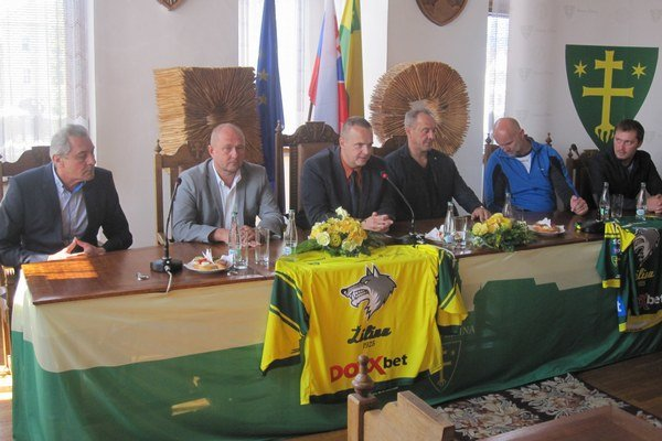 Predsezónna tlačovka hokejového klubu MsHK DOXXbet Žilina.