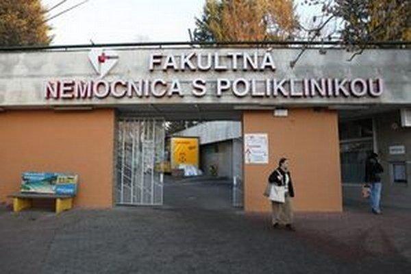 Na nového riaditeľa Fakultnej nemocnice s poliklinikou v Žiline si ešte počkáme.