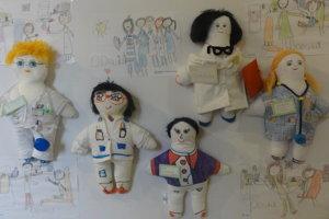 Bábiky Kiwanis sú na výstave v Psychiatrickej klinike Fakultnej nemocnice v Nitre.