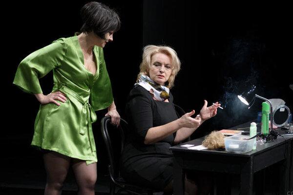 Dnes si môžete v DAB pozrieť komédiu Dámska šatňa.