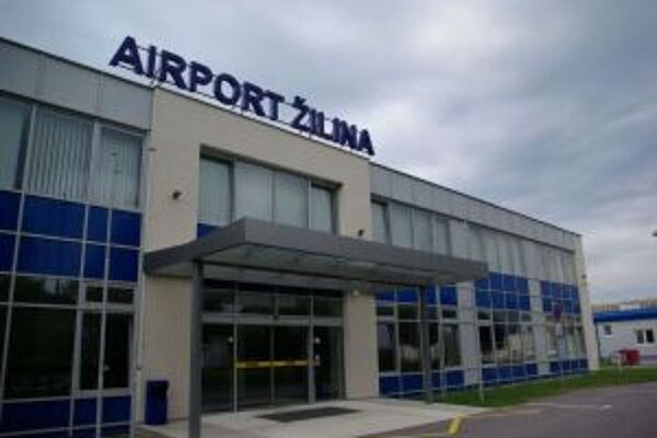 České aerolínie pozastatavili pravidelnú leteckú linku medzi Žilinou a Prahou.