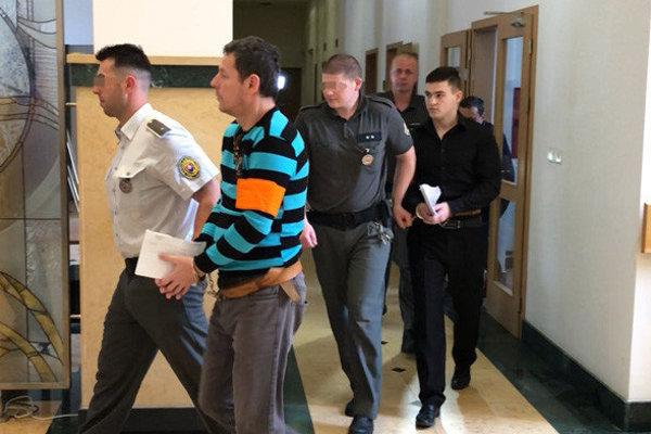 Obvinená dvojica si vstredu 6. júna vypočula verdikt súdu.