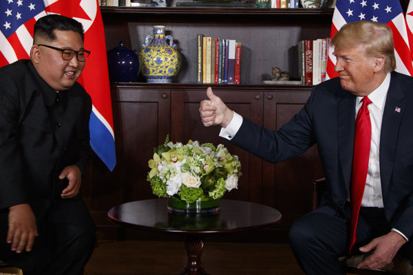 Severokórejský líder Kim Čong-un a americký prezident Donald Trump.