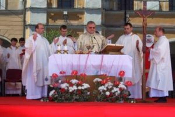 Slávnosť Božieho tela, ktorá sa konala na Mariánskom námestí.