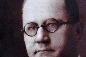 Michal Bosák bol prvý americký bankár zo Slovenska. Jeho podpis ako prezidenta First National Bank je na desaťdolárovej bankovke vydanej 25. júna 1907, ale aj na  Pittsburskej dohode z roku 1918.