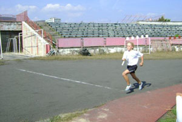 Matej Deák je veľkou nádejou žilinskej atletiky.