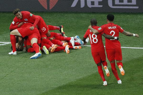 Anglicko oslavuje gól.