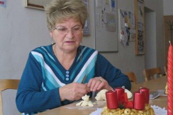 Danka Daníková má najväčší dopyt po svojich adventných vencoch.