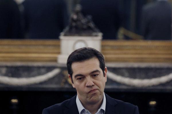 Grécky premiér Alexis Tsipras urobil nepopulárne ekonomické reformy. Pomohli len načas.