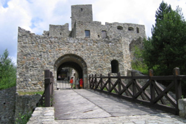V pondelok a utorok má Strečiansky hrad pripravenú pre deti do 15 rokov 50-percentnú zľavu.
