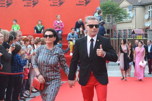 Tibor Apa Egry s manželkou.