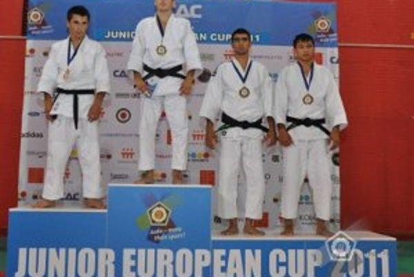 Na najvyššom stupni. Matej Poliak zvíťazil v kategórii do 60 kg.