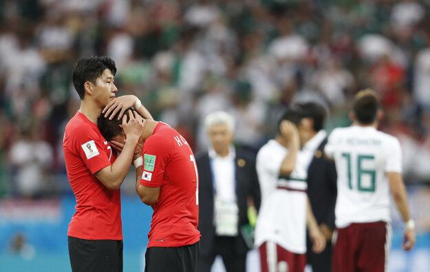 Juhokórejčania smútia po prehre s Mexikom.