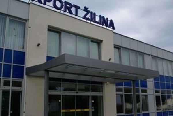 Letisko Žilina na iný systém vybavovania cestujúcich neprejde.