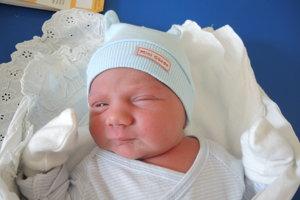 Matúš Kramlička (3420 g, 52 cm) sa narodil 13. júna Ivane a Jurajovi z Trenčína. Na brata sa teší 9-rčný George a 20-mesačná Mia.
