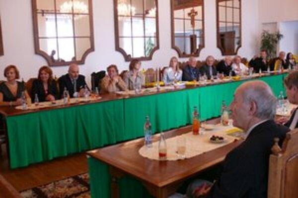 V žilinskej starej radnici sa zahraniční Slováci stretli s primátorom Ivanom Harmanom.