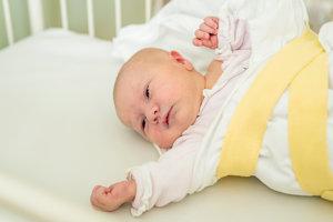 Simona Liptáková (3350g, 48cm) sa narodila 16. júna Eve a Viliamovi z Považ. Bystrice. Na sestru sa doma teší 6-ročný Michal.
