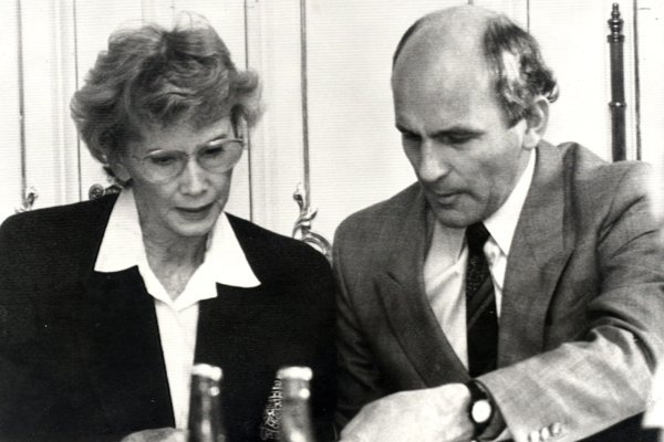 Dagmar Burešová s Františkom Mikloškom na fotografii z roku 1991.