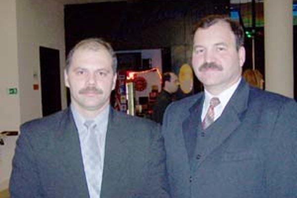 Tréneri mladých žilinských vodných pólistov Rastislav Zibolen (vavo) a Ladislav Vacko.