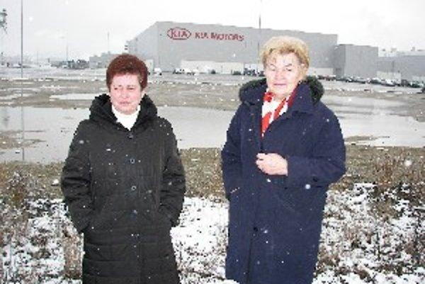 Justína Kozánková (vpravo) s kolegyňou sa obrátia na súd.