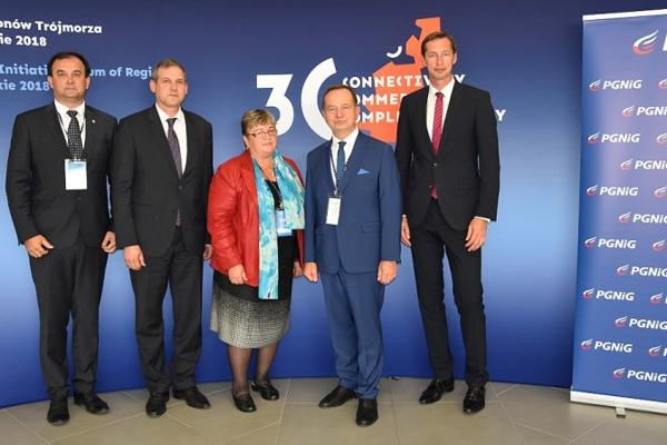 Na stretnutí v Poľsku Milan Majerský vpravo.