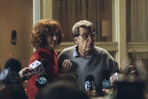 Al Pacino ako  tréner Joe Paterno vo filme Paterno.
