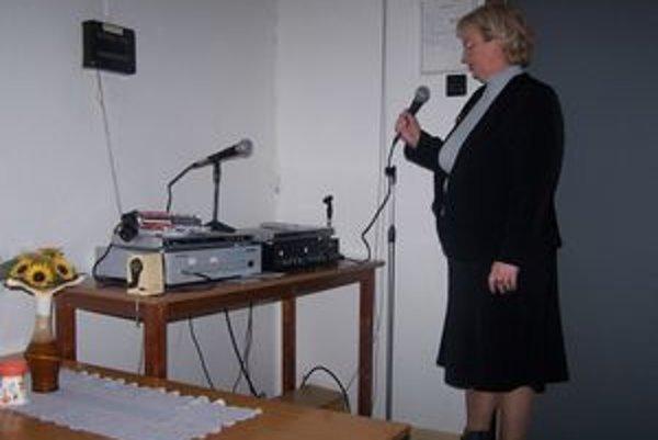 Elena Krausová z Mestského úradu v Žiline vyskúšala rozhlas ako prvá.