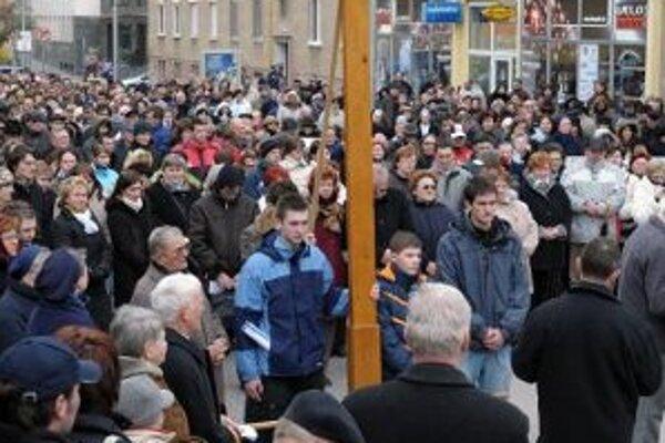 Krížova cesta centrom mesta.