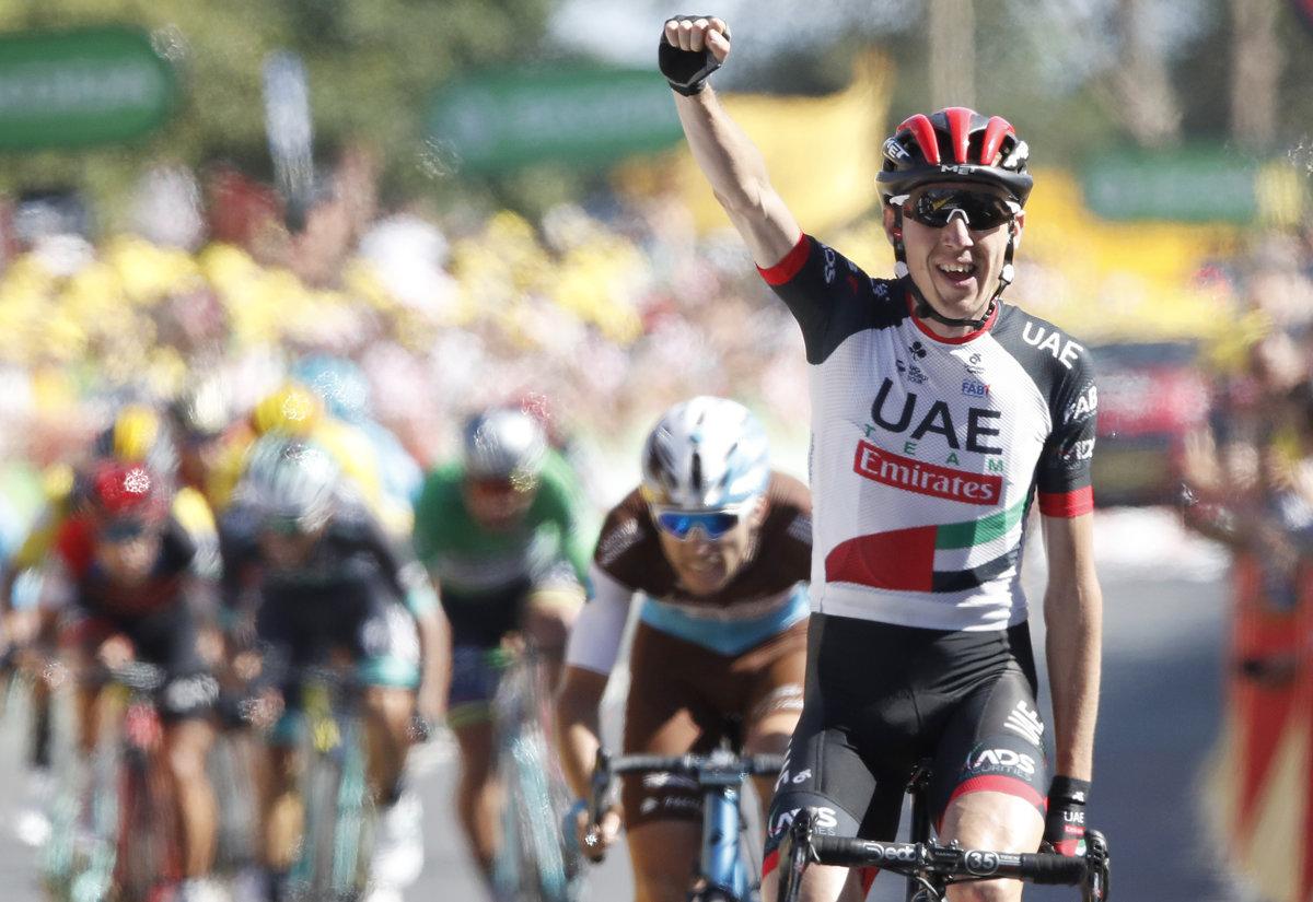 97e5351d50046 Daniel Martin sa raduje z víťazstva v 6. etape na Tour de France 2018.