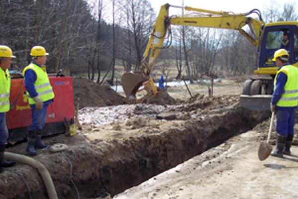 Minulý rok sa budovali vodovodné a kanalizačné prípojky v Rajeckej doline. Budú sa opakovať problémy, ktoré vznikli pri realizácii stavby aj v Bytčianskom okrese?