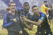 Zľava Antoine Griezmann, Paul Pogba a Kylian Mbappé.