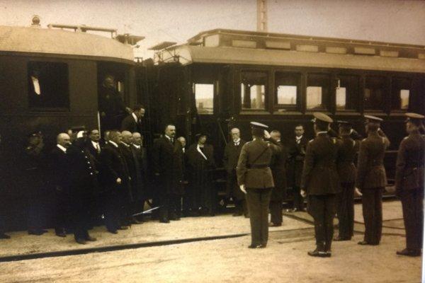 Masaryk na košickej železničnej stanici v roku 1921. REPROFOTO: KAG