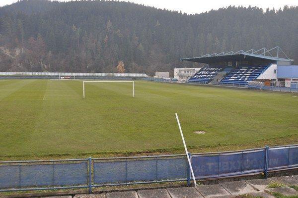 Letný štadión potrebuje rekonštrukciu.