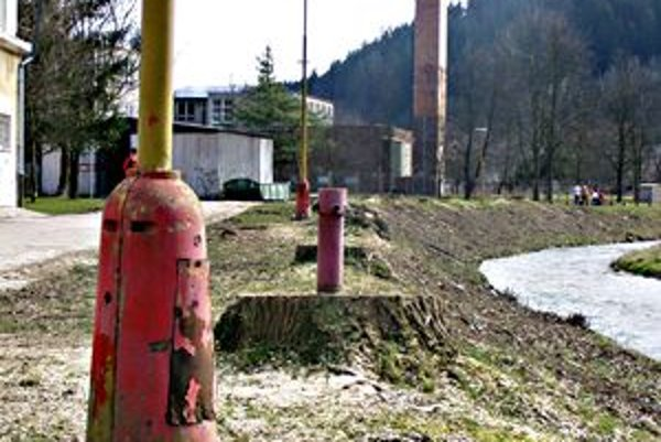 Stav verejného osvetlenia v Považskej  Bystrici je zlý na viacerých miestach, rekonštruovať sa bude zatiaľ len na Strede.