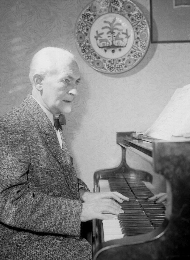František Krištof Veselý na archívnej snímke z 11. apríla 1963.