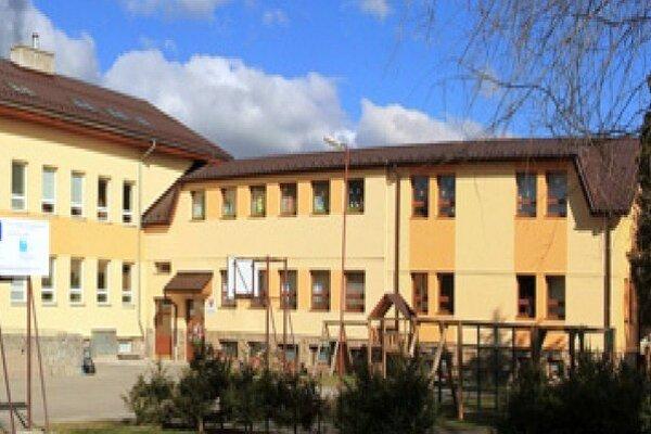 Zrekonštruovaná budova škôlky.