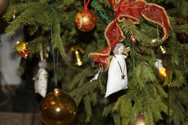 Aj vy môžete niečo vložiť pod stromček. Pošlite poďakovanie na sefredaktor.ts@petitpress.sk.