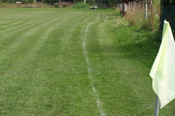 Kde takto nalajnovali čiary? Tipy posielajte na tomas.ferencik@petitpress.sk