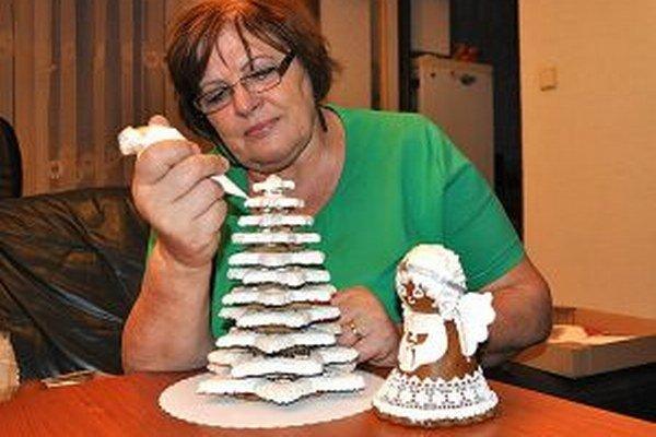 Medovníky z kuchyne Viery Bojnákovej z Námestova pozná celý svet.