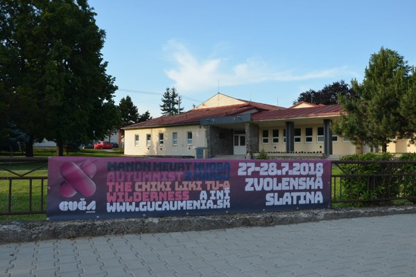 Guča umenia je dvojdňový multižánrový festivalsúčasného umenia na slovenskej dedine