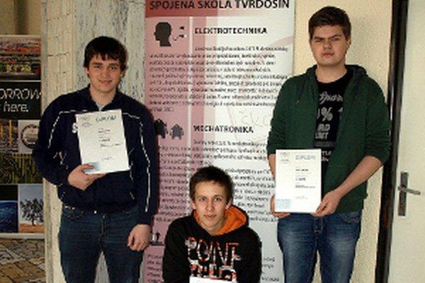 Zľava Patrik Resutík, Dávid Pienčák , Andrej Jurička.