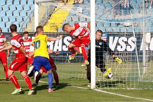 Futbalisti FC Košice si sGiraltovcami poradili hladko po výhre 4:0.