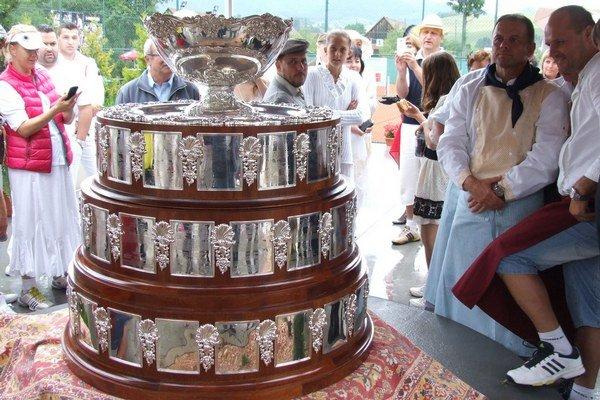 Davisov pohár mali možnosť fanúšikovia vidieť na 4. ročníku Retro cupu.