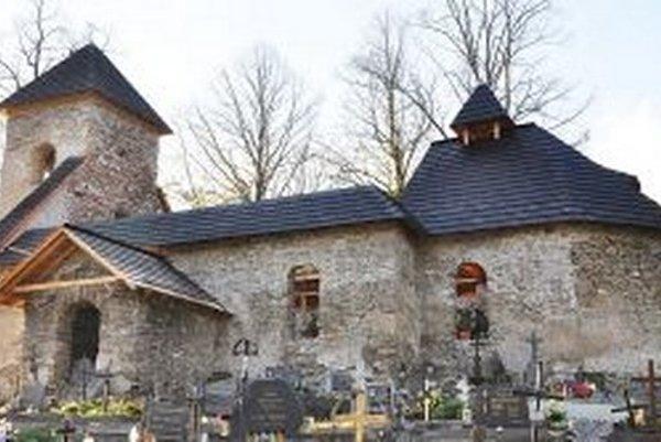 Kostol Všetkých svätých po oprave.