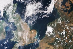 Veľká Británia a sever Francúzska, Holandsko, Belgicko, časť Nemecka po mesiaci horúčav.