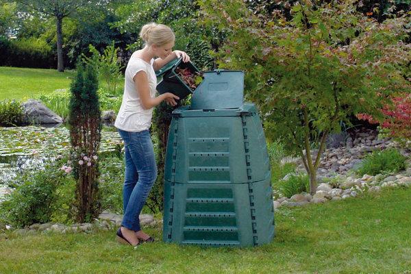 Za prenájom jedného kompostéra má mesto platiť firme Kosit 3 roky 4,14 eura mesačne.