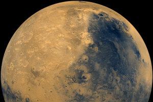 Záber Marsu zo sondy Viking.